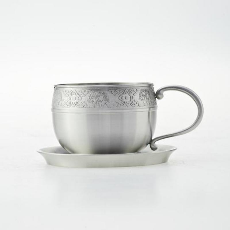 Pewter_coffee_cup_and_saucer
